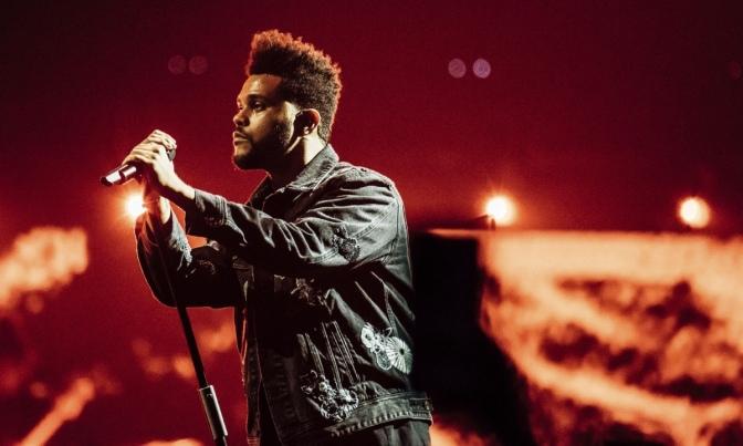 The Weeknd cerca de pisar escenarios regios